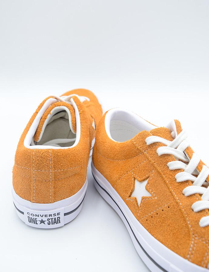 8d6fdcf3cd63 Converse One Star Premium Suede